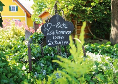 buschenschank-schulter2